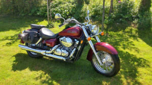 MINT SHAPE 75O HONDA SHADOW AERO