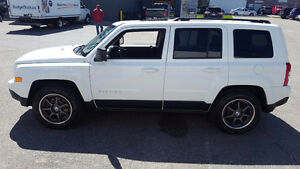 2011 Jeep Patriot North SUV, Crossover original rims included