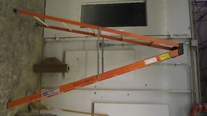 8' Grade 1 Step Ladder