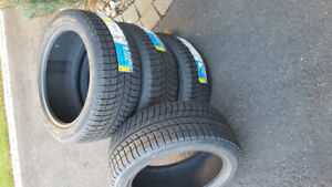 4 pneus d'hivers michelin x-ice xi3 225 45r17