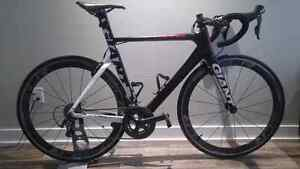 Giant propel advanced sl 2 2014 comme neuf !!!