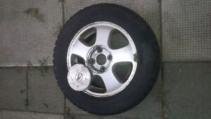 4 Winter tires on rims- 4 bolts- size 195/R60/14 Kitchener / Waterloo Kitchener Area image 1