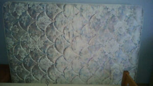 Queen Size Mattress and Box Springs Kitchener / Waterloo Kitchener Area image 2