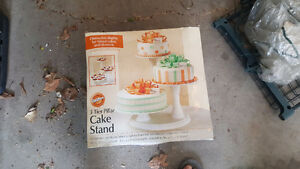 3 tier cake stand: only used once for a wedding