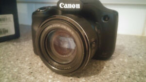 Canon Camera - SX520 HS Powershot - 50x Zoom 20.3MP