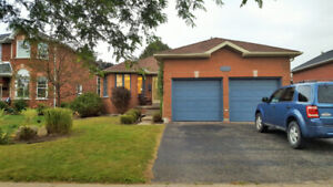 ROOM FOR RENT $650 ALL INCLUSIVE - Near Bayfield & Cundles Rd We