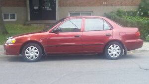 LOW mileage bas milageTres Propre Very Clean 2001 Toyota Corolla