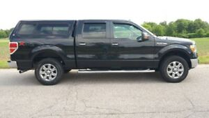 2013 Ford F-150 XLT 4WD CrewCab with Raider Cap & Bluetooth