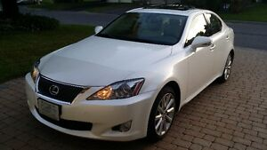 2010 Lexus IS 250 AWD - Sunroof, low kms, clean and lady driven