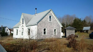 Sustainable living, close to Lunenburg