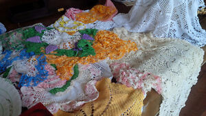 Vintage Colourful Doilies + One Tablecloth Kitchener / Waterloo Kitchener Area image 1
