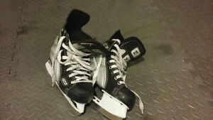 Hockey skate boys size 13 West Island Greater Montréal image 1