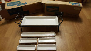 Pampered Chef Hospitality Stand and Dish set