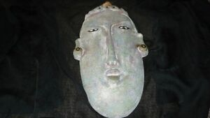 VINTAGE HAND CARVED HEAVY AFRICAN TRIBAL MASK WALL ART Kitchener / Waterloo Kitchener Area image 2