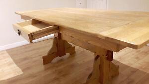 TABLE de bois d'orme  Unique - Prix déménagement - NÉGO - URGENT