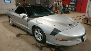 96 Pontiac Firebird Trans Am V8 T-top