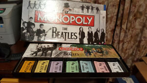 BEATLES MONOPOLY BOARD GAME - COLLECTORS EDITION