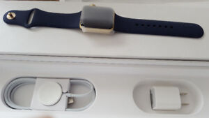 NEW APPLE SMARTWATCH SERIES 2 38MM