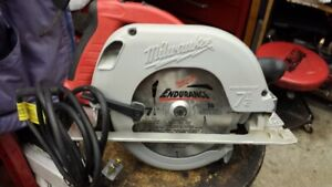Milwaukee Tilt-Lok 7 1/4 Circular Saw with hard case as New!!!!!
