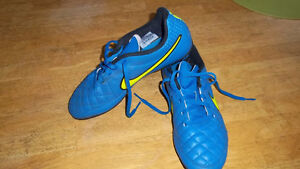 Brand New Nike Tiempo Soccer Shoes - Size 6