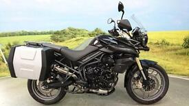 Triumph Tiger 800 ABS**2 Keys, Owners Manuals, Panniers, Spot lights**