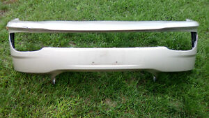 2011-15 Dodge Grand Caravan Front Bumper Cover - Minor Damage