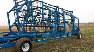 brandt heavey harrow  honey bee header