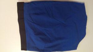 Jupe bleu royal extensible marque Limité