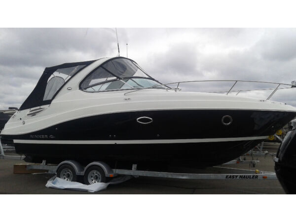 Used 2016 Rinker Boat Co 290 EXPRESS CRUISER
