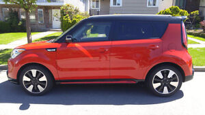 2014 Kia Soul SX Two-Tone Inferno Red/Black Sedan