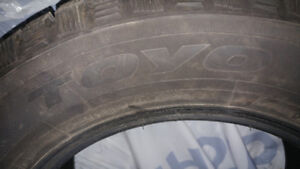 TOYO Observe G3-ICE 195/65 R15 Winter Tires Very Good Condition
