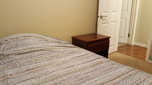 Room available by Londonderry mall for march