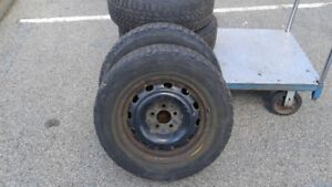 4 Winter tires Firestone WINTERFORCE, 215/65R16 with rims