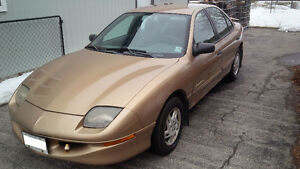 1998 Pontiac Sunfire Sedan Kitchener / Waterloo Kitchener Area image 1