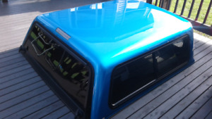 Truck cap fits Dodge Dakota