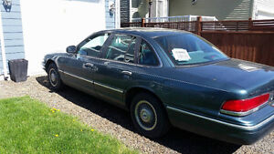 Ford Crown Victoria - Low Kms - Great shape