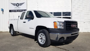 2009 GMC SIERRA 1500 EXTENDED CAB ONLY 76K PRICED TO SELL!