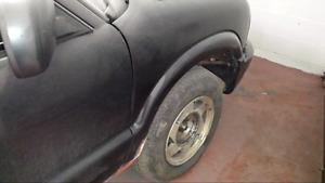 1500.00  Chev S10 2 wheel drive