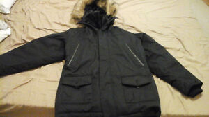 Excellent condition Unisex black winter coat Size L
