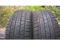 Pair of 4x4 tyres 235/55/19