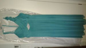 Robe de bal ou fille d'honneur bleu Sarcelle