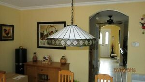 BEAUTIFUL ARTGLASS TIFFANY LAMP Gatineau Ottawa / Gatineau Area image 2