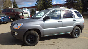 06 Sportage - auto - LOADED - NEW TIRES - A/C - 193,000KMS