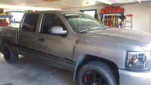 Mint condition  2008 chevy!!!!