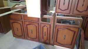 Wood cabinets - ready for pickup Windsor Region Ontario image 3