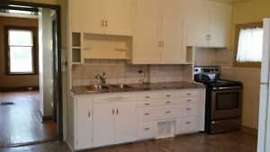 Eagle Place - 2 Bedroom Apartment in a house.