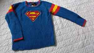 Boys size 5 vintage-look Superman knitted sweater $10 takes