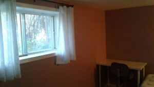 Basement Room for Rent near Downtown at 7 Ave & 1 St NE
