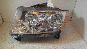 GRAND CHEROKEE 2011 2012 2013 2014 2015 2016 LUMIERE HEAD LIGHT