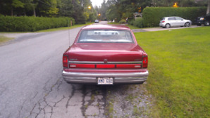 Lincoln Town Car 1990 Signature Series negotiable
